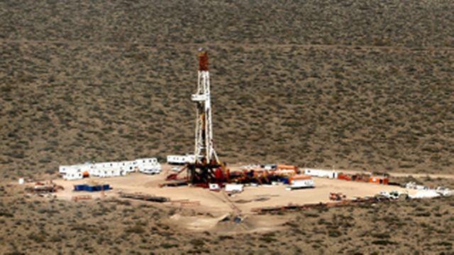 Accroche dossier gaz de schiste  [Enrique Marcarian - Reuters]