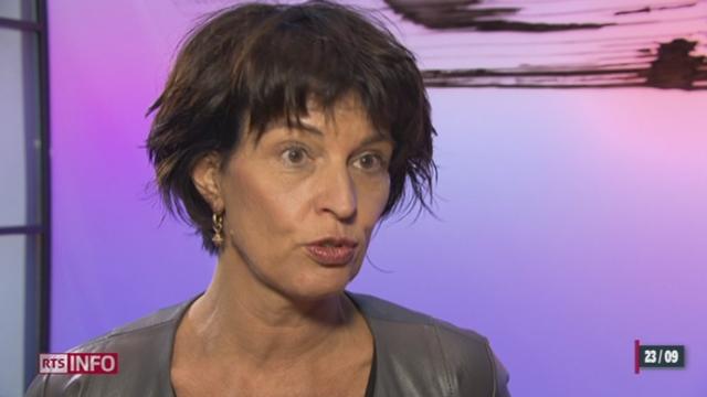 Doris Leuthard défend la vignette autoroutière à 100 francs [RTS]