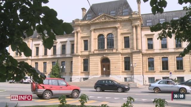 Université de Neuchâtel / Affaire du plagiat: le professeur est suspendu [RTS]