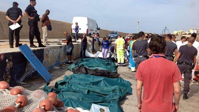 Un bateau transportant environ 500 migrants a fait naufrage près de Lampedusa. [Nino Randazzo - EPA/Keystone]