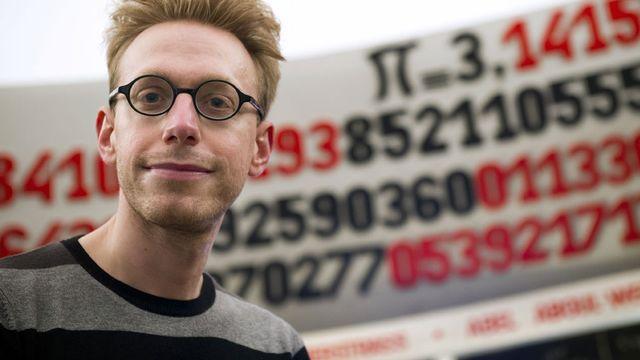En 2004, Daniel Tammet a déclamé sans aucune erreur et sans hésitation les 22'514 décimales du nombre PI. Lionel Bonaventure AFP [Lionel Bonaventure - AFP]