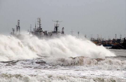 Le cyclone est attendu en fin de journée sur les côtes indiennes. [Keystone]