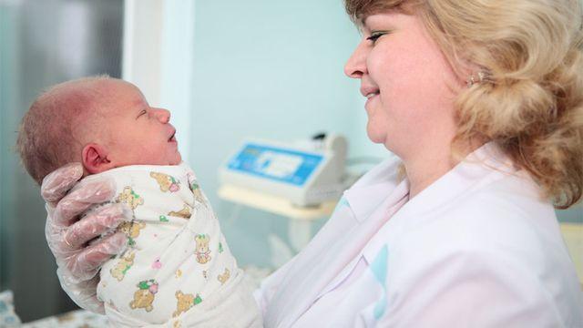 Le métier de sage-femme est vaste et déborde largement l'étape de l'accouchement. Anatoly Tiplyashin Fotolia [Anatoly Tiplyashin - Fotolia]