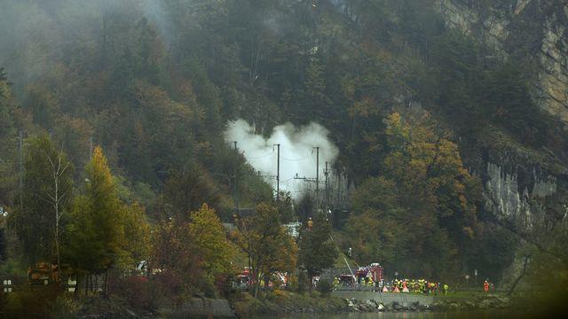 Un FA-18 s'est écrasé à Alpnachstad, dans le canton d'Obwald mercredi après-midi. [Urs Flueeler - Keystone]