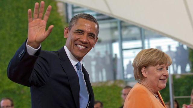 Selon les informations du Spiegel, la chancelière Angela Merkel était encore sur écoute quelques semaines avant la visite du président américain à Berlin, en juin dernier. [EPA/Michael Kappeler - Keystone]