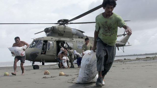 Les secours s'organisent péniblement (ici, à Capiz dans le centre des Philippines). [AFP]