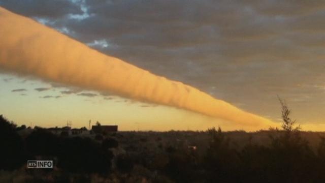 Un étrange rouleau de nuage au dessus du Texas [RTS]