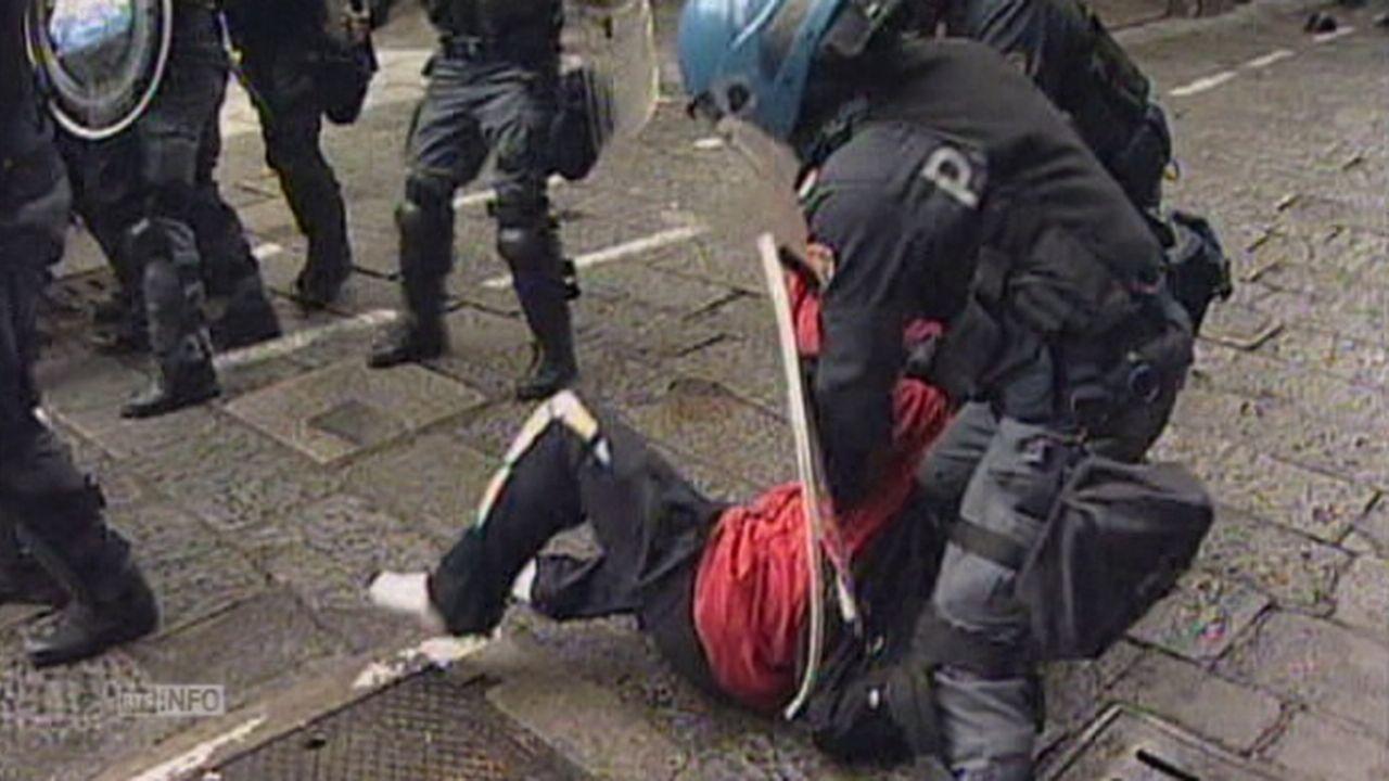 Affrontements entre policiers et manifestants à Bologne [RTS]