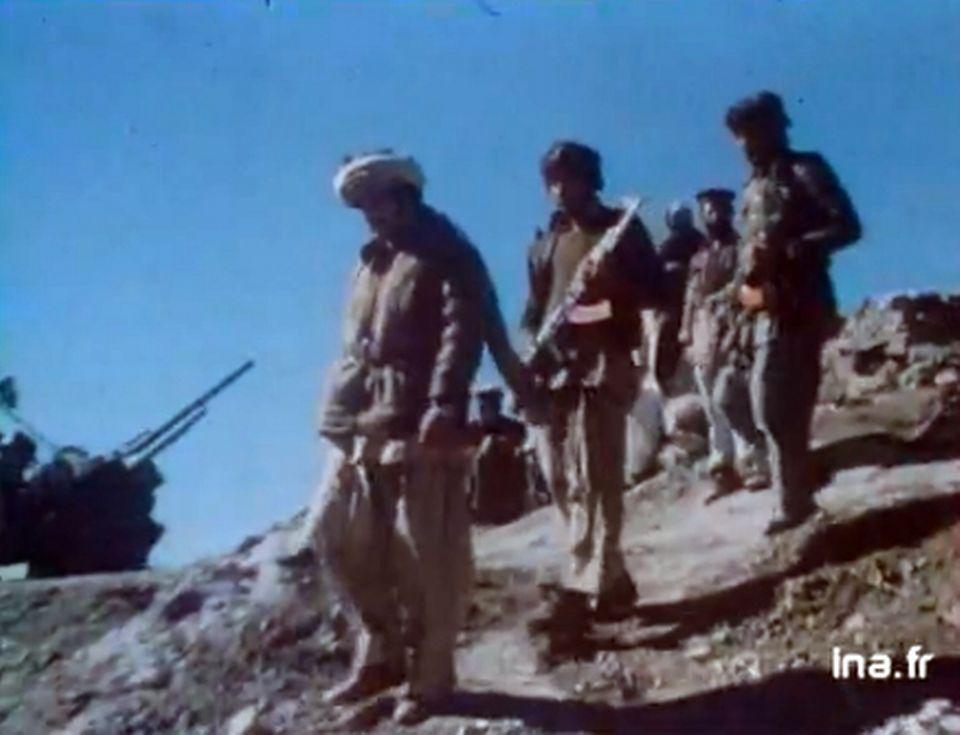 """Avec les rebelles afghans"" - 14 février 1980. [INA]"