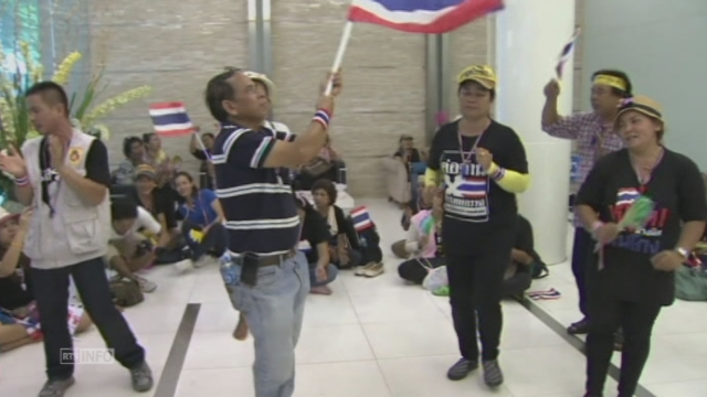Manifestants dans le ministère des Finances thaïlandais [RTS]