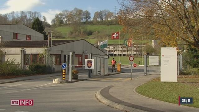 Moudon: la place d'arme pourrait être changée en centre pour requérants d'asile [RTS]