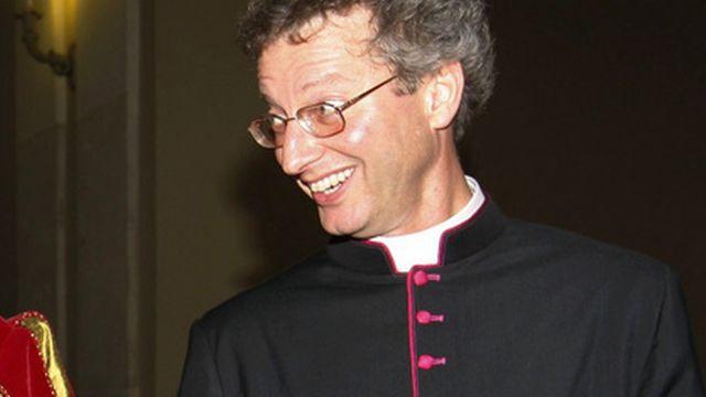 Alain de Raemy était jusqu'ici Chapelain de la garde suisse, au Vatican, à Rome. [Karl Mathis - Keystone]