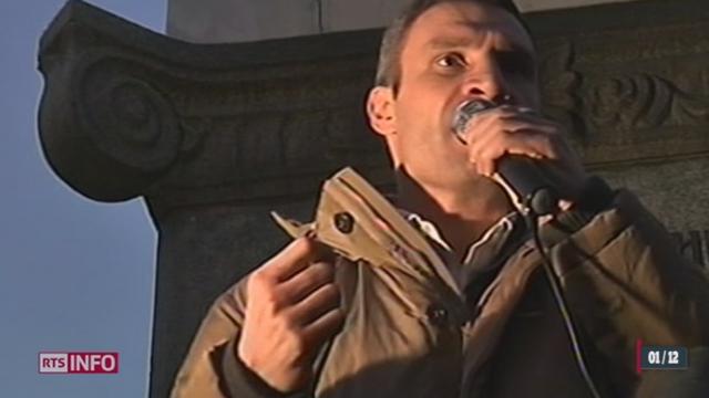 Ukraine: des dizaines de milliers d'opposants en colère marchent sur le centre de Kiev [RTS]