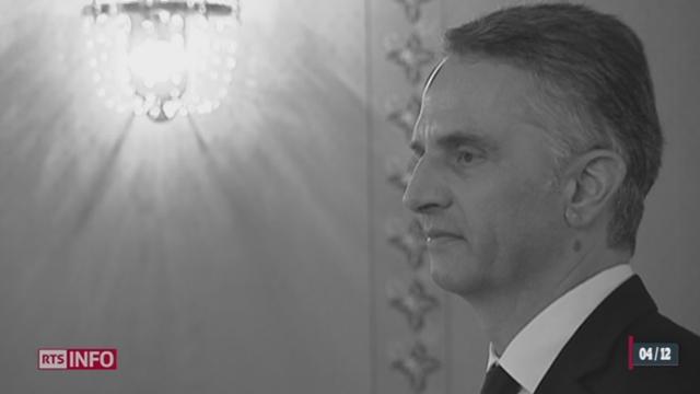 Didier Burkhalter succède à Ueli Maurer au poste de président de la Confédération [RTS]