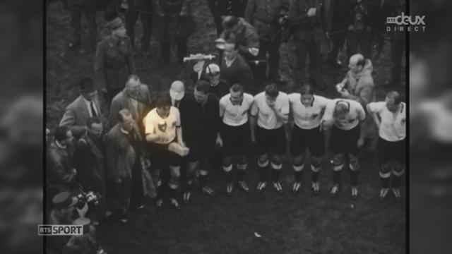 Tirage au sort des groupes, à Costa do Sauipe (Etat de Bahia-Brésil). Le clip des 20 vainwueurs de la Coupe du Monde [RTS]
