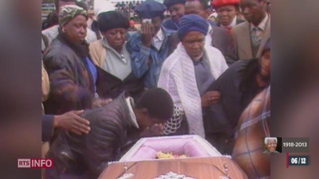 Durant le régime de l'Apartheid, les noirs étaient complètement exclus de la vie économique et politique [RTS]