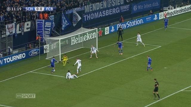 Schlake 04 - FC Bâle (0-0): Xhaka dévie dans ses buts mais la barre sauve le FC Bâle [RTS]