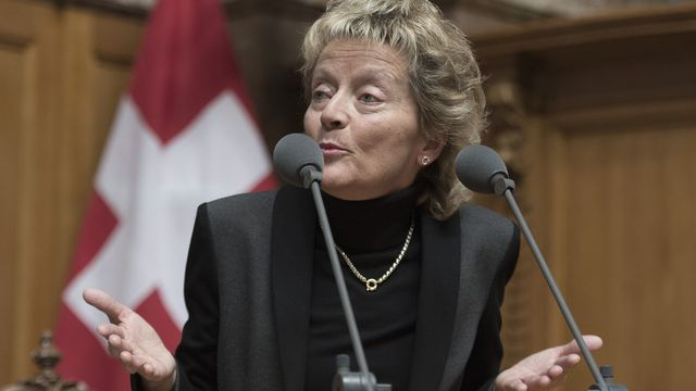 La conseillère fédérale Eveline Widmer-Schlumpf face au Conseil National. [Lukas Lehmann - Keystone]