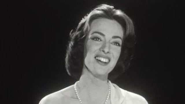 Ana Raquel Satre chante des Noëls espagnols en 1958. [RTS]