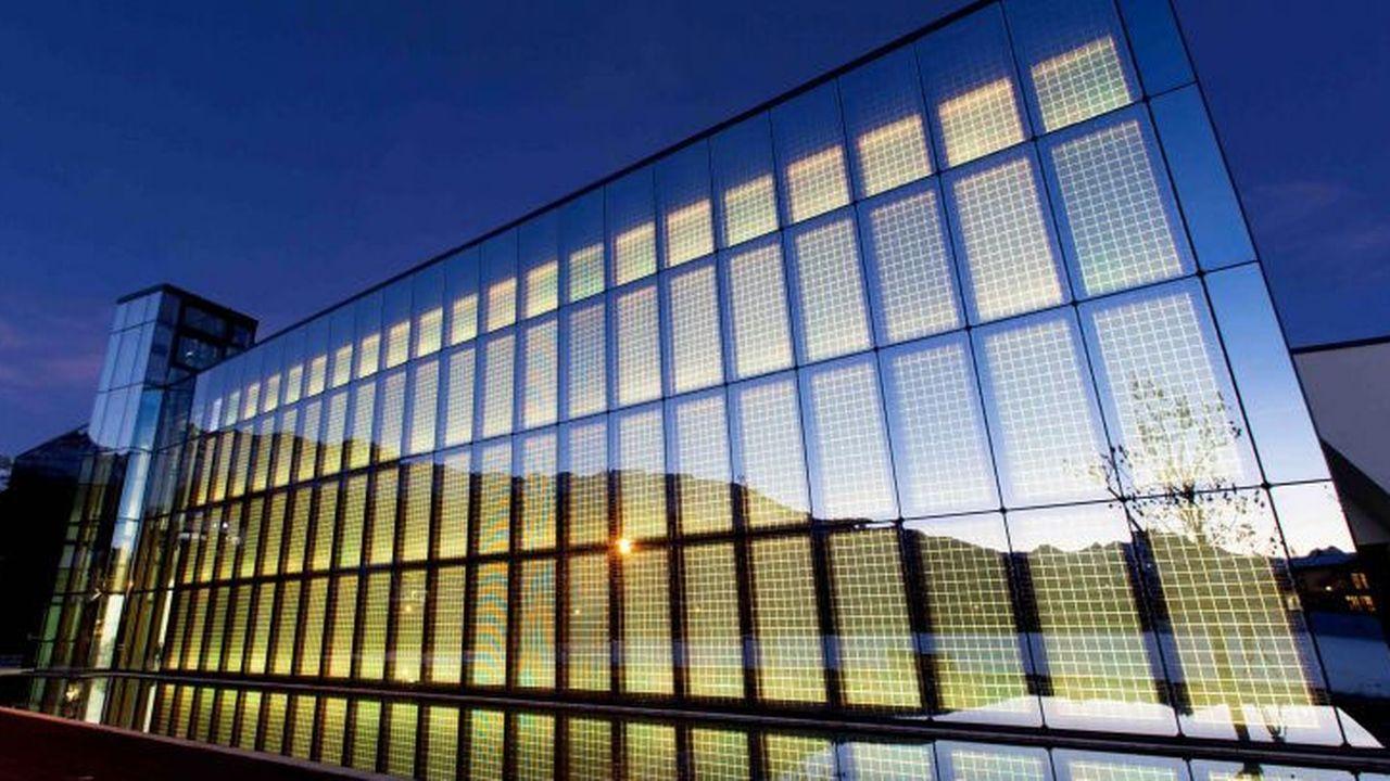 C'est un écrin ultra-moderne qui accueille le nouveau centre d'art. [fondationpierrearnaud.ch]