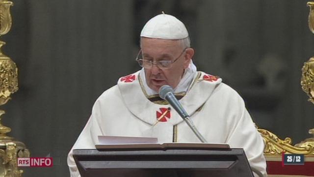 Le pape François a célébré sa première messe de Noël au Vatican [RTS]
