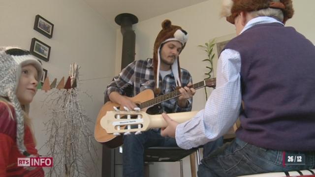 Un chanteur pour enfants fribourgeois a lancé un concours avec à la clef un concert privé le jour du réveillon [RTS]