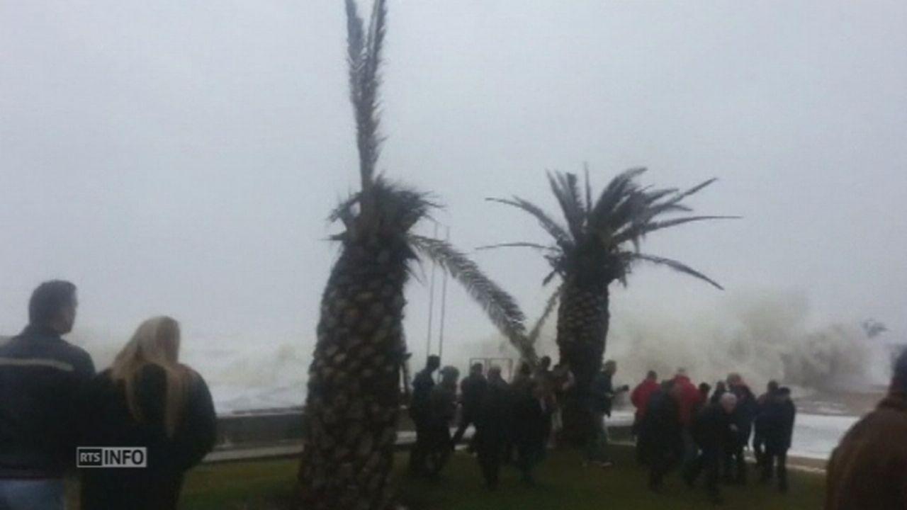 Une vague géante s'écrase sur les côtes portugaises [RTS]