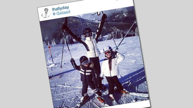 Sonar - Les Hallyday, Instagram et le forfait fiscal