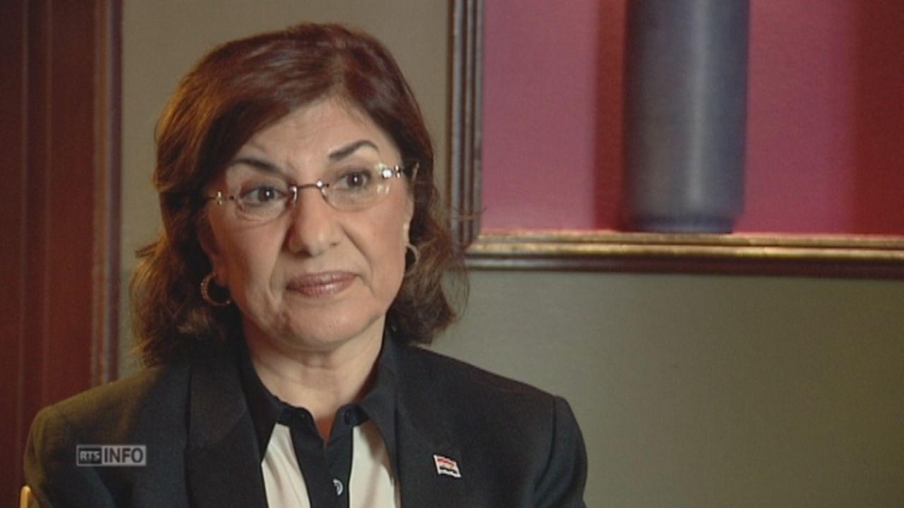 La conseillère de Bachar el-Assad accuse la France d'être achetée [RTS]