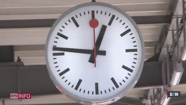 Reportage Nouvo: la ressemblance entre l'horloge des CFF et le sigle d'Apple est frappante