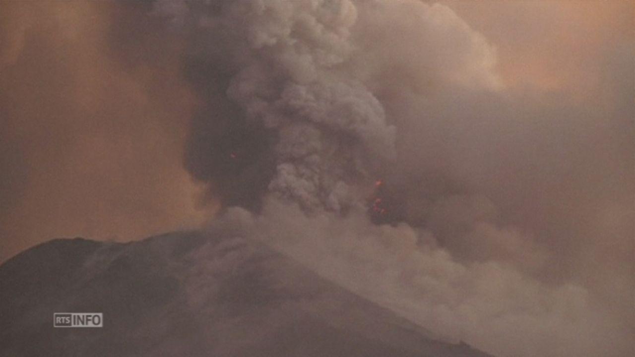 Eruption volcanique en Equateur [RTS]