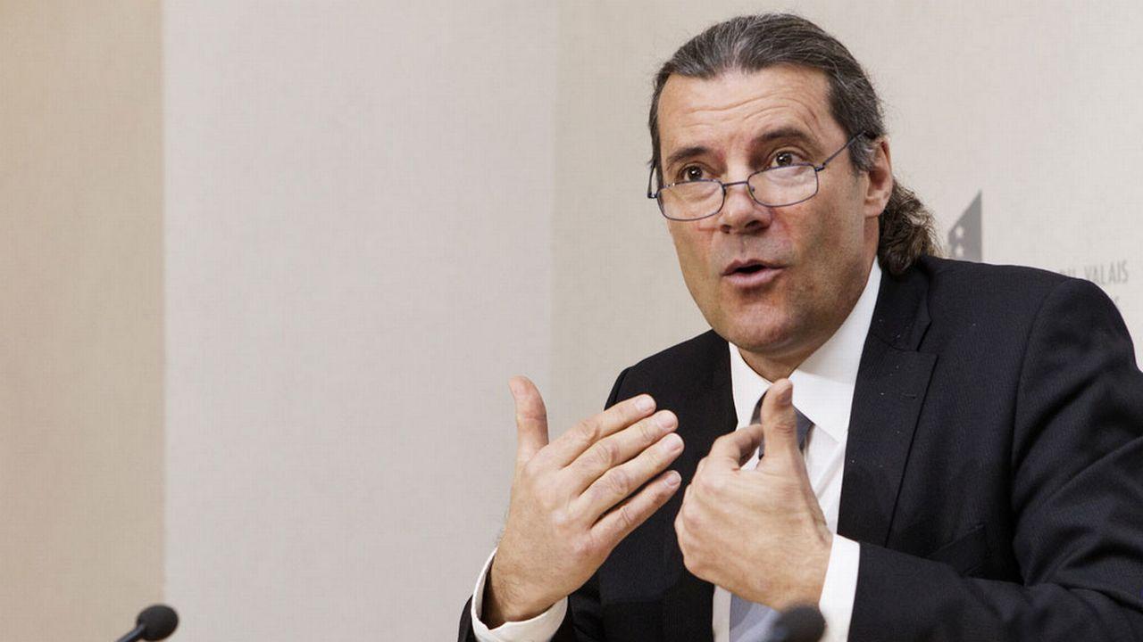 Proposition d'Oskar Freysinger, les bourses d'étude sont à nouveau dans le viseur du gouvernement valaisan. [Aline Staub - Keystone]