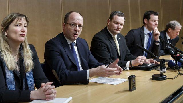 Autorités policières, judiciaires et politiques étaient réunies pour la conférence de presse. [Salvatore Di Nolfi - Keystone]