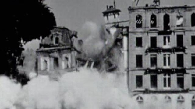 Destruction du Grand Hôtel de Vevey à la fin des années 1950. [RTS]