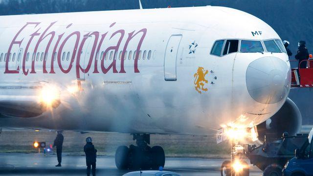 Le détournement de l'avion d'Ethiopian Airlines s'est terminé sans que personne ne soit blessé. [Salvatore Di Nolfi - Keystone]