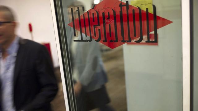 """Les journalistes du quotidien """"Libération"""" ont fait le choix de continuer à travailler. [AFP]"""