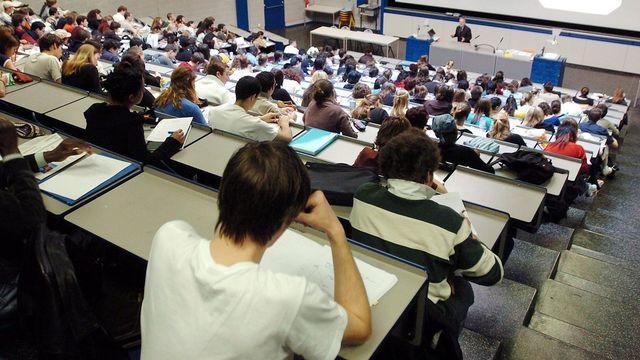 Avec le programme Erasmus, les étudiants peuvent aller suivre des cours à l'étranger. [Martial Trezzini - EPA/Keystone]