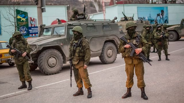 Des soldats à Sébastopol. [Andrey Stenin - RIA Novosti/AFP]