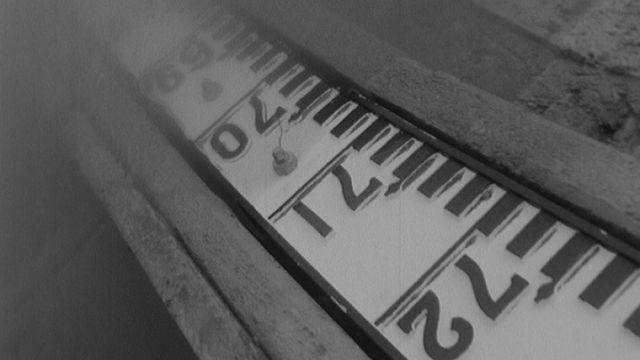 Echelle de crue en 1967. [RTS]
