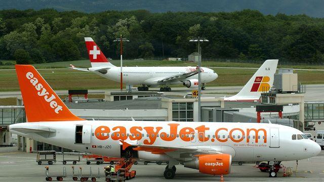 Avec près de 500 mouvements par jour, les activités de l'aéroport de Genève ne sont pas sans conséquences sur son environnement. [Martial Trezzini - Keystone]