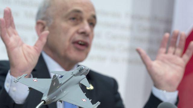 Le projet d'achat du Gripen est porté par le ministre Ueli Maurer. [Lukas Lehmann - Keystone]