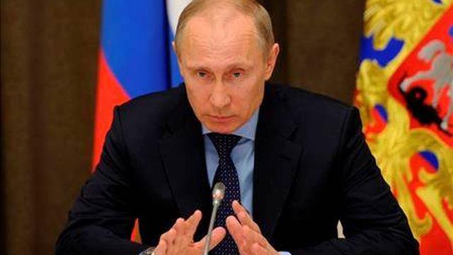 Le président russe Vladimir Poutine lors d'une conférence le 12 mars.