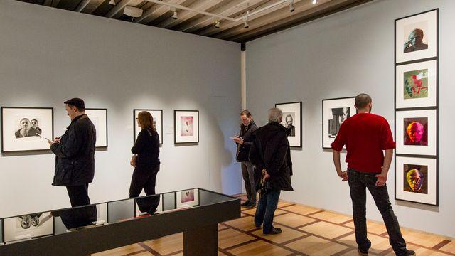 """L'exposition de Philippe Halsman, """"Etonnez-moi!"""", au Musée de l'Elysée. [Aline Staub - Keystone]"""