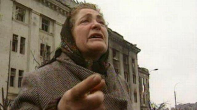 Femme de Grozny en 1995. [RTS]