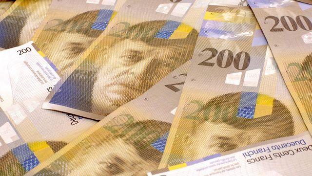 Les billets de banques suisse de Frs 200.- sont illustrés avec le portrait de Charles Ferdinand Ramuz. [Worldrider.ch - Fotolia]