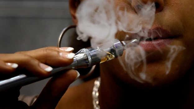 la cigarette lectronique serait inefficace pour arr ter de fumer sciences tech. Black Bedroom Furniture Sets. Home Design Ideas