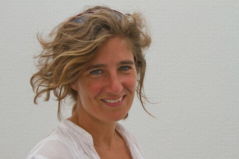 Marie-Laure Widmer Baggiolini, réalisatrice. Photo personnelle fournie par Marie-Laure Widmer Baggiolini pour illustrer sa biographie sur le site de Temps présent. Photo utilisable pour d'autres sites. [RTS]