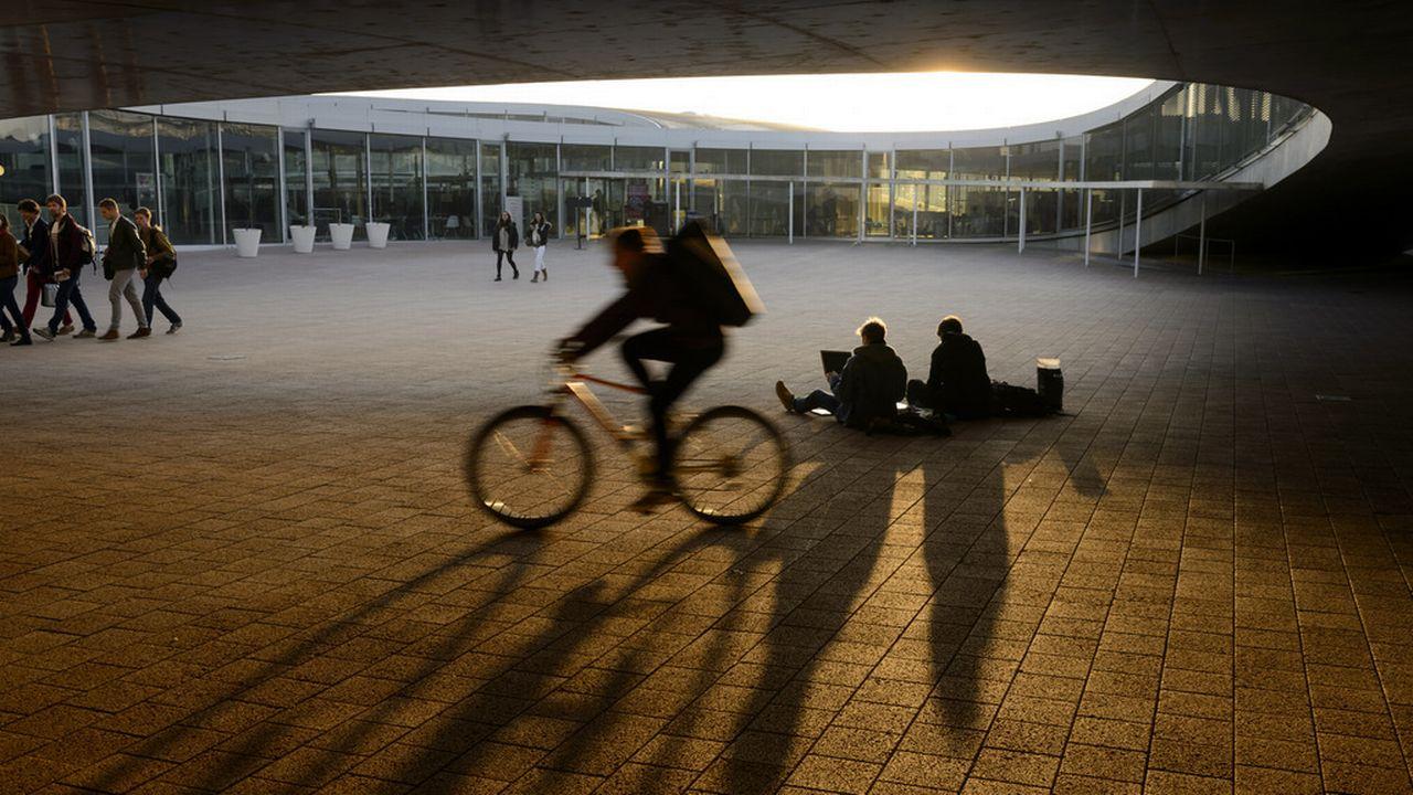 L'Ecole Polytechnique Fédérale de Lausanne (en photo) s'unit avec les cantons de Fribourg, de Genève, de Neuchâtel, de Vaud et du Valais pour contribuer à la création du futur Parc national d'innovation. [Laurent Gilliéron - Keystone]