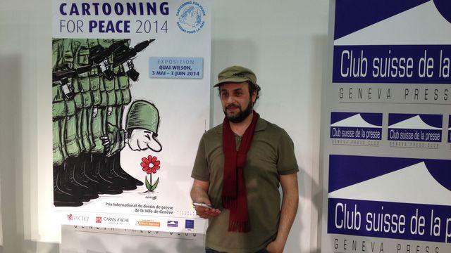 Le dessinateur syrien Hani Abbas remporte le prix international du dessinateur de presse 2014. [Thierry Fischer - RTS]