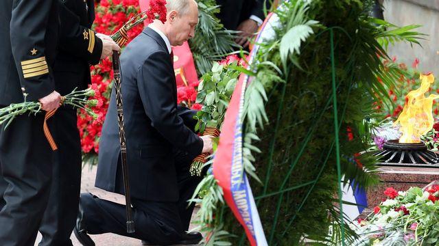 Vladimir Poutine lors des célébrations à Sébastopol en Crimée. [Sergei Ilnitsky - EPA]